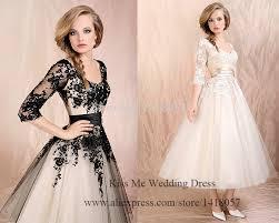 dress for wedding on halloween night