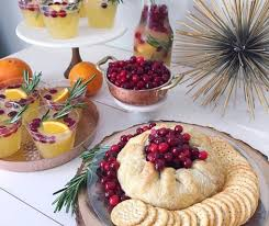 cranberry baked brie recipe thanksgiving appetizers chinet