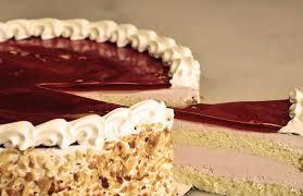 cake bakery best cakes in houston roland s swiss pastry bakery