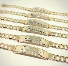Famosos Pulseira Chapa com Nome Alto Relevo Personalizada em Banho de Ouro &HF18