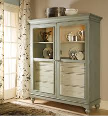 paula deen introduces new furniture collection