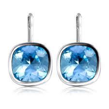 buckingham earrings buy buckingham palace gold earrings official royal gifts