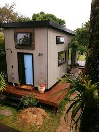 nadia u0027s zen tiny house in byron bay australia