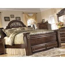 gabriela dark reddish brown 4 pcs king size poster bedroom set