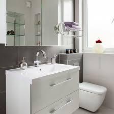 Gray Tile Bathroom Ideas by Best 25 Grey Slate Bathroom Ideas On Pinterest Slate Bathroom