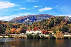 2 days in lake lure nc the real life dirty dancing resort town