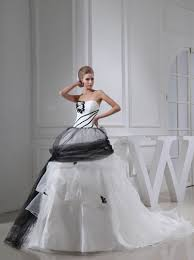 recycled fashion recycled wedding dresses