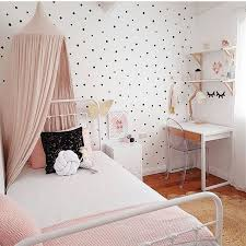 Best 25 Small Bedrooms Ideas by Best 25 Small Girls Rooms Ideas On Pinterest Small Bedroom