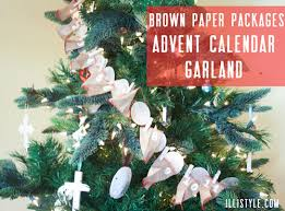 brown paper packages tree garland advent calendar