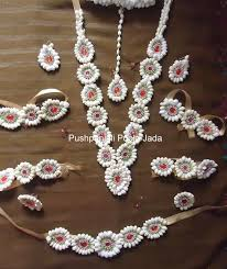 flower jewellery 174 best bridal flower jewellery images on mehendi
