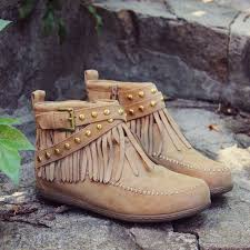 Moccasins Best 25 Moccasins Ideas On Pinterest Moccasin Boots Indian