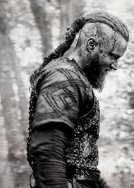 why did ragnor cut his hair ragnar lothbrok s hairstyle from vikings viking hairstyles and