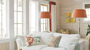 Colonial Home Interiors Decorations Luxury Beach House Decorating Idea With Ceiling