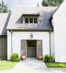 what is the most popular white for trim the best white paint colors for exteriors plank and pillow