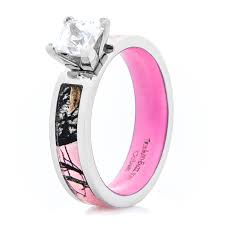 camo wedding ring women s pink mossy oak camo engagement ring with pink interior