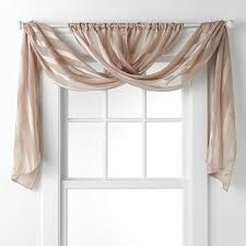 Hanging Lace Curtains Best 25 Sheer Curtains Ideas On Pinterest Hanging Curtains