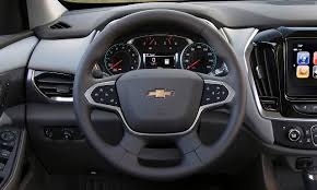 Chevy Traverse Interior Dimensions 2018 Chevrolet Traverse First Review Kelley Blue Book