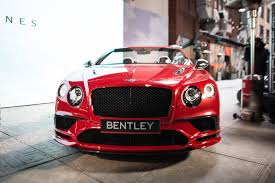 bentley turquoise an up close look at bentley u0027s 209 mph continental supersports