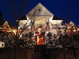 dyker heights brooklyn christmas lights toyland dyker heights christmas lights 1145 84th street dyker