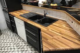 cuisine plan travail bois table de travail cuisine en bois idée de modèle de cuisine