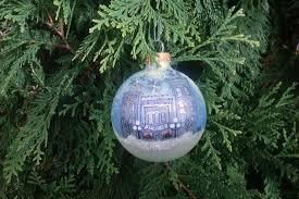 ornaments wing stroll