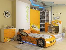 deco voiture chambre garcon déco chambre garçon 27 idées originales thème voiture