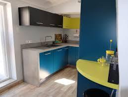 modeles de petites cuisines modernes impressionnant modeles de cuisine moderne pour les petits espaces id