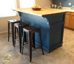 kitchen island on wheels diy amazon small with stools table chairs