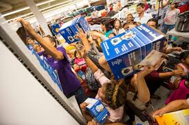 curacao black friday sale thousands flock to new curacao store at meadows mall in las vegas