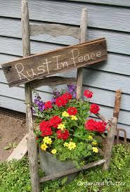 Country Garden Decor 25 Trending Garden Junk Ideas On Pinterest Primitive Garden