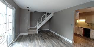 Laminate Flooring For Sale 20567 Williamsburg Ct 216d For Sale Middleburg Heights Oh Trulia