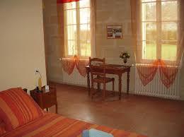 chambre d hote castillon la bataille chambres d hôtes la maison des aurélines chambres d hôtes à