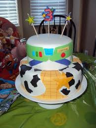 Buzz Lightyear Centerpieces by 16 Best Party Theme Buzz Lightyear Images On Pinterest Toy