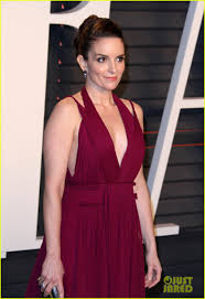 Tina Fey Vanity Fair Pics Olivia Munn U0026 Tina Fey Bring Color To Vanity Fair U0027s Oscar Party