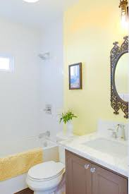 Yellow Bathroom Ideas Colors Best 25 Yellow Small Bathrooms Ideas On Pinterest Cottage