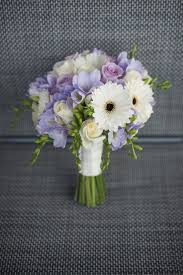 wedding flowers queenstown jemma henry s chapel by the lake ceremony simply
