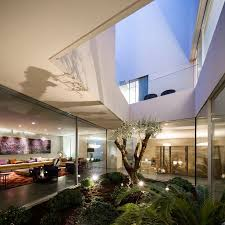 Home Interior Design Images Pictures by 25 Best Indoor Courtyard Ideas On Pinterest Atrium House