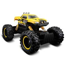 rock crawler remote control car drives over everything u0026 snow