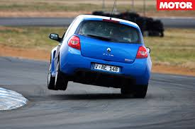 renault sport rs 01 blue renault sport clio rs 197 at performance car of the year 2008