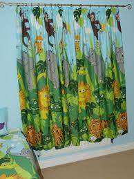 rideau chambre b b jungle rideau jungle bb beautiful cliquez ici with rideau bb fille