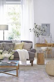Neutral Sofa Decorating Ideas by 25 Best Ideas About Gray Couch Decor On Pinterest Neutral Sofa