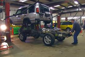 to swap a land rover discovery frame in just 4 minutes video