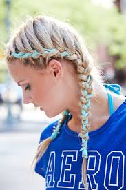 hoods haircutgame 7 super cute game day hairstyles to rock during spirit week