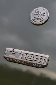 jeep steering wheel emblem happy 75th anniversary jeep autoevolution