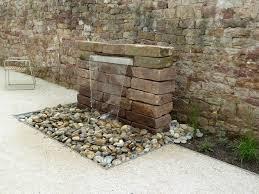 Gartengestaltung Mit Steinen Und Grsern Modern Die Besten 25 Wasserfall Garten Ideen Auf Pinterest