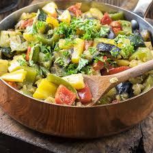cuisiner courgettes poele recette poêlée de pommes de terre courgettes et poivrons