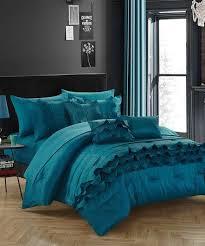 Best 10 Blue Comforter Sets by Best 25 Teal Comforter Ideas On Pinterest Ap Set Camo Stuff