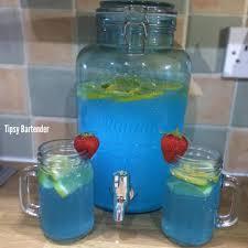 summer blues punch cocktail tipsybartender com blue punch