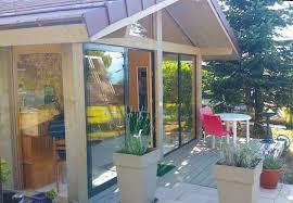 bureau de jardin design bureau de jardin atelier d artiste lenia abri de voiture
