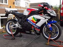 honda cbr 1000 rr7 fireblade px and delivery possible in